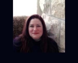 Bio pic of Elisa Silverman, content strategist