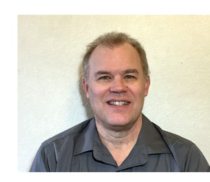 Bio pic of Larry Loffer, customer relations specialist